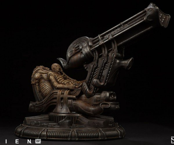 Alien Space Jockey Maquette: Mommy Mummy