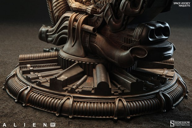 alien_space_jockey_maquette_by_sideshow_collectibles_8