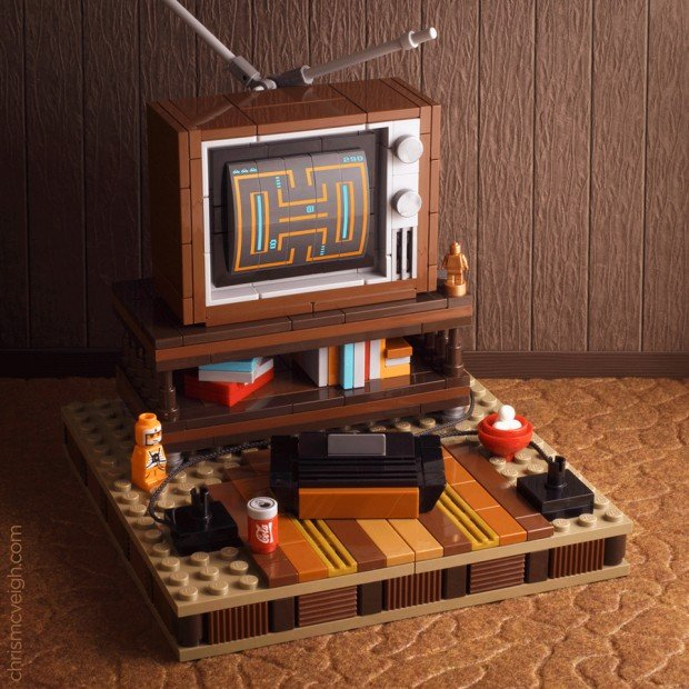 atari_2600_80s_tv_diorama_by_chris_mcveigh_powerpig_1