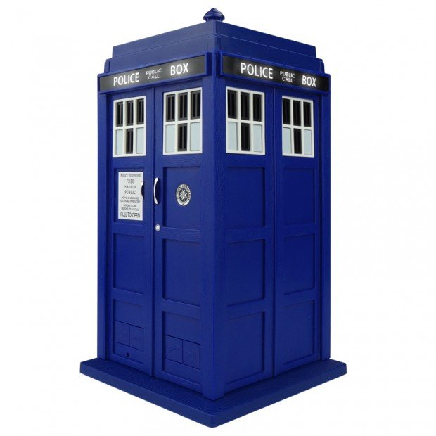 doctor_who_tardis_dalek_bluetooth_speaker_by_massive_audio_2