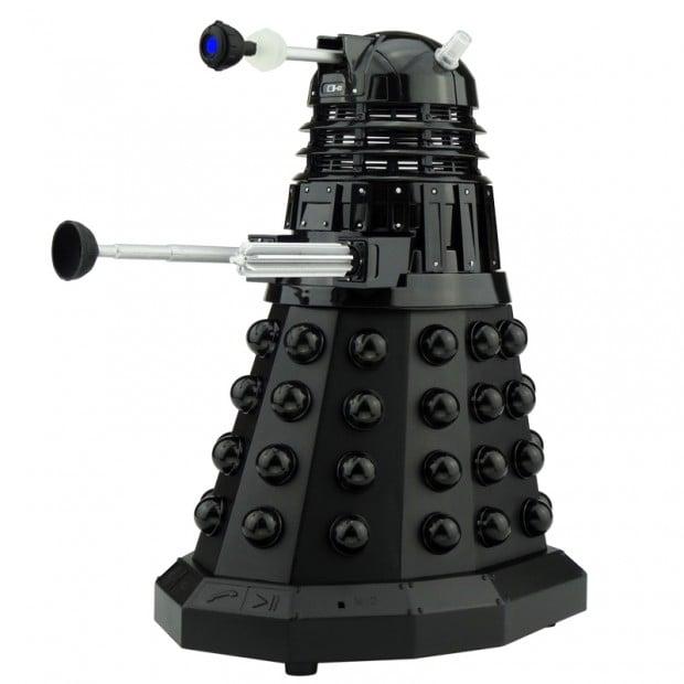 doctor_who_tardis_dalek_bluetooth_speaker_by_massive_audio_5