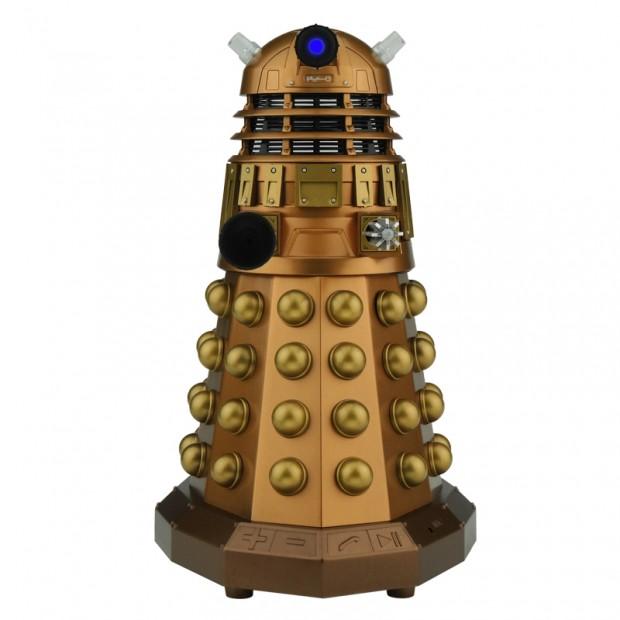 doctor_who_tardis_dalek_bluetooth_speaker_by_massive_audio_6
