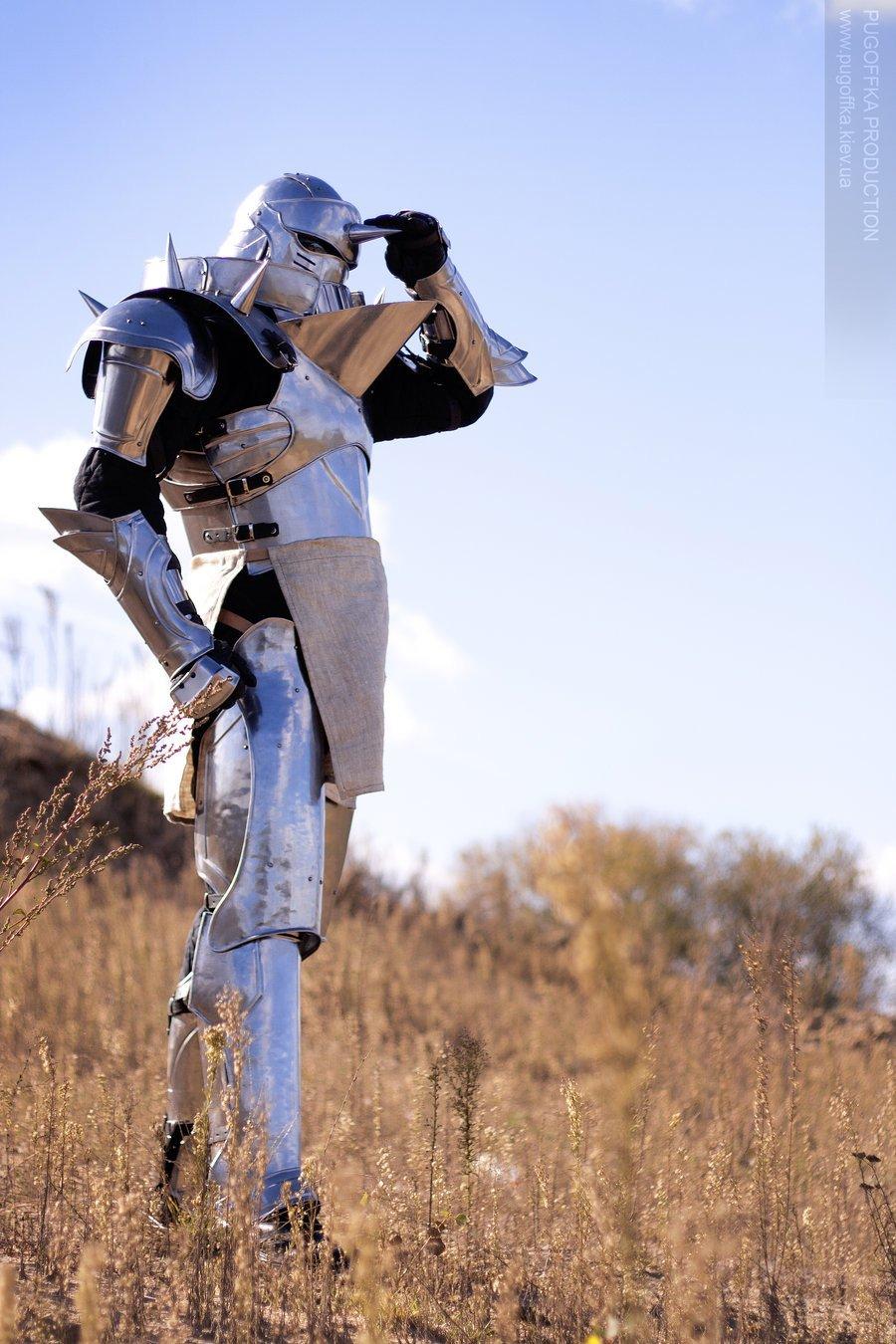 Fullmetal Alchemist Alphonse Armor Transmutes Money To