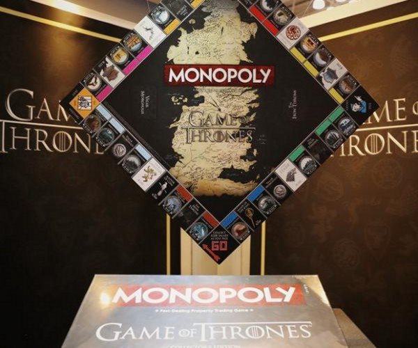 Game of Thrones Monopoly: GO is Coming (Collect 200 Gold Dragons)