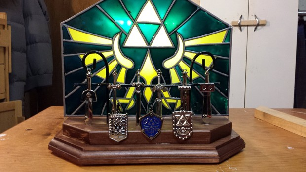 legend_of_zelda_sword_display_nightlight_by_BigBadBobBitchin_1