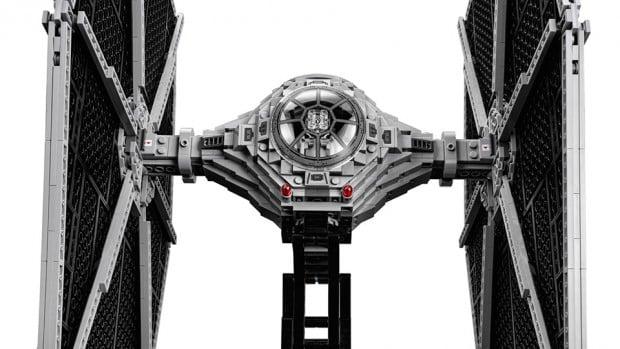 lego_ucs_star_wars_tie_fighter_75095_4