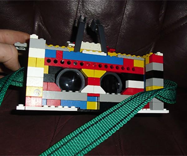 DIY LEGO 3D Headset: Oculus Bricks