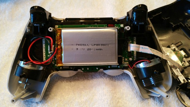 playstation_4_controller_dualshock_4_battery_replacement_1