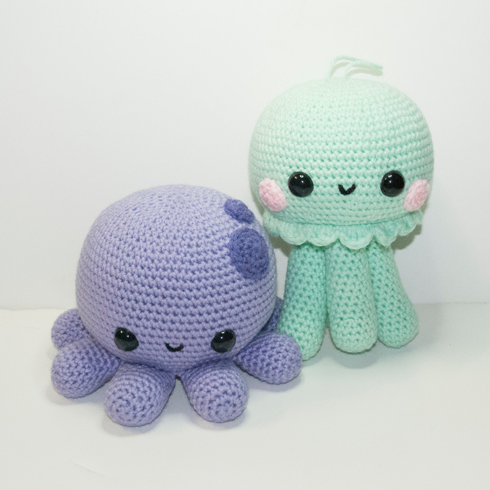 Amigurumi Pokemon Instructions : Pokemon Amigurumi: Gotta Squeeze Em All - Technabob