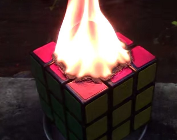 rubicks_cube_fire_1