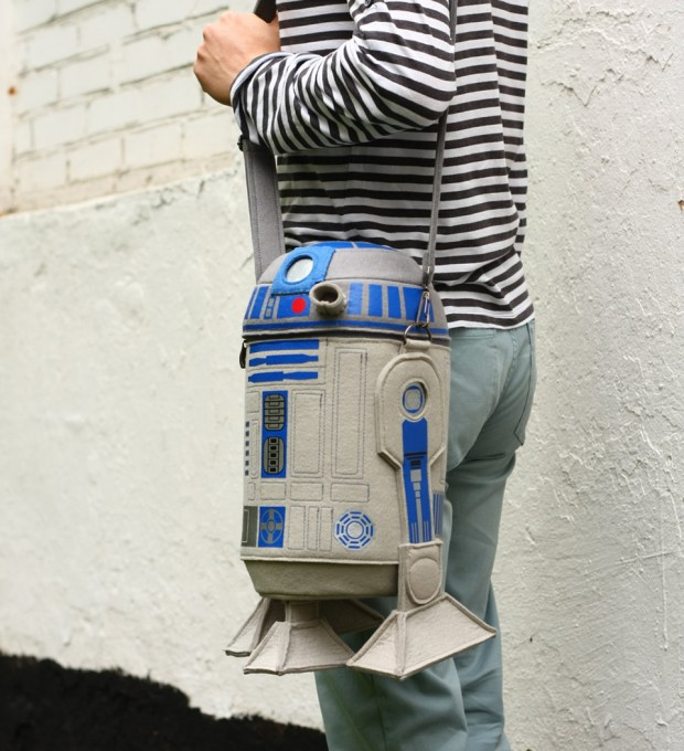 star_wars_r2_d2_felt_purse_bag_by_krukru_studio_1