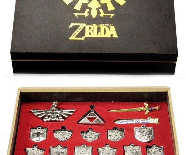 14-Piece Legend of Zelda Necklace Set: This Set HyRules!