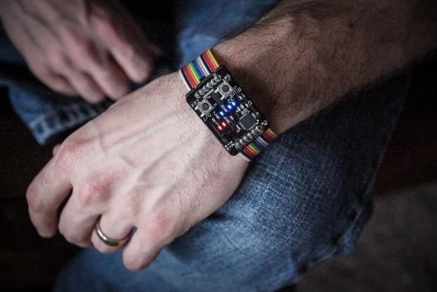 binary_watch_by_jordan_1