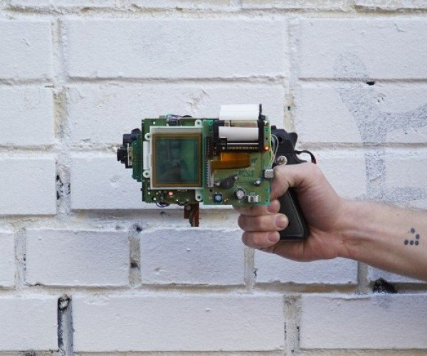 Game Boy and Camera Turned into 8-bit Print Gun
