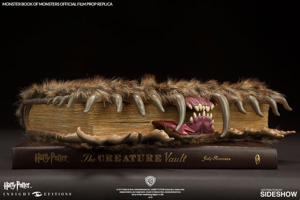 harry_potter_monster_book_of_monsters_3