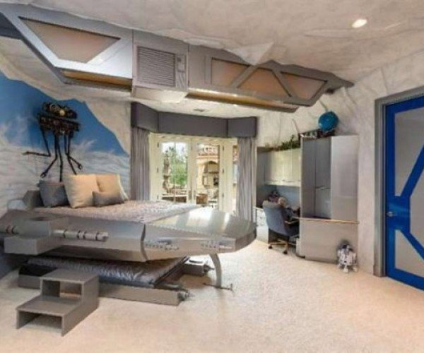 Hoth Bedroom Mansion Is a Great Way to Spend $15 million