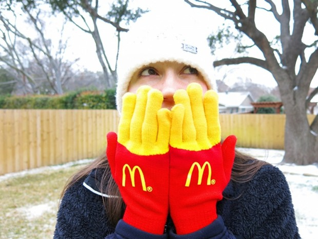 mcdonalds_fry_gloves_1