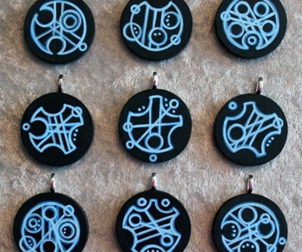 Doctor You: Wear Your Name on a Gallifreyan Pendant
