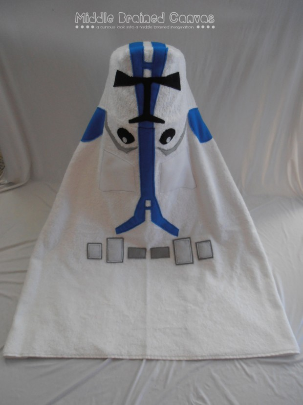 geeky_hooded_children_bath_towel_by_middle_brained_canvas_9