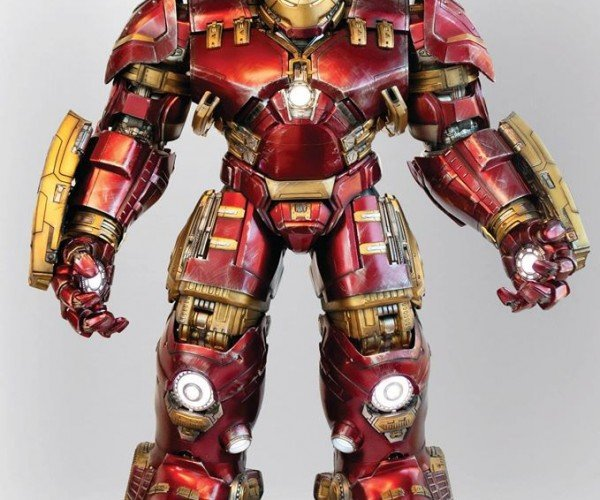 1/4 Scale Hulkbuster Iron Man Could Be the Best Action Figure Ever