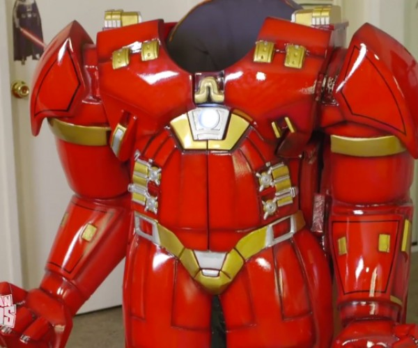 Iron Man Hulkbuster High Chair: Exoskeweton