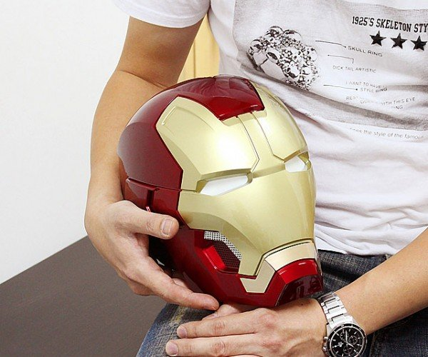 Iron Man Life-size Mk. XLIII Helmet Bluetooth Speaker: Headphone