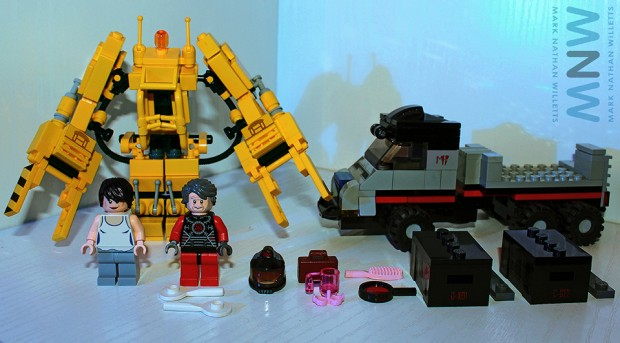 lego_alien_power_loader_set_by_mark_nathan_willetts_2