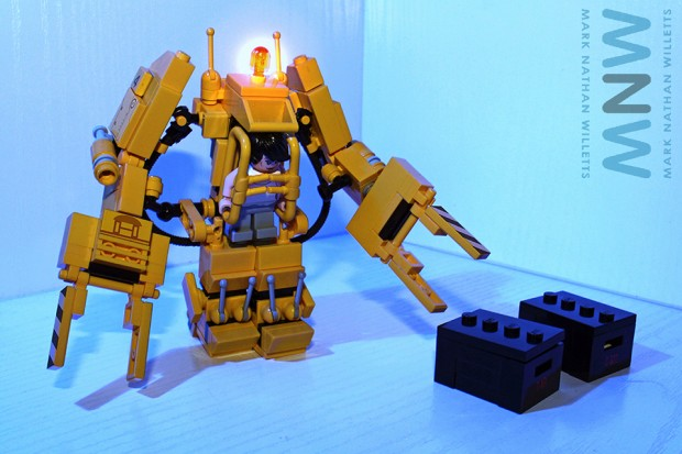lego_alien_power_loader_set_by_mark_nathan_willetts_3