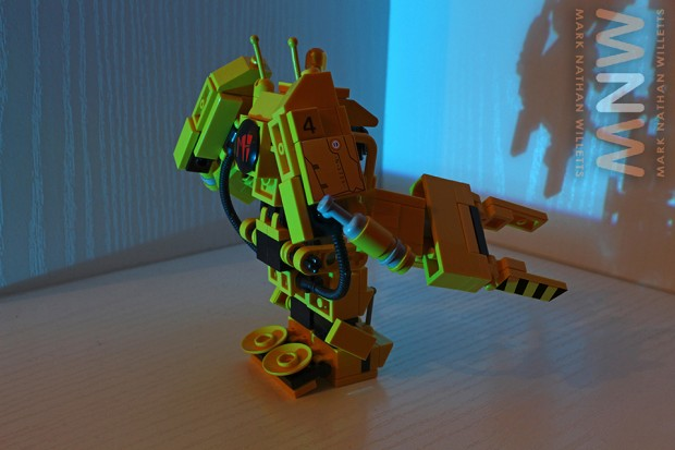 lego_alien_power_loader_set_by_mark_nathan_willetts_5