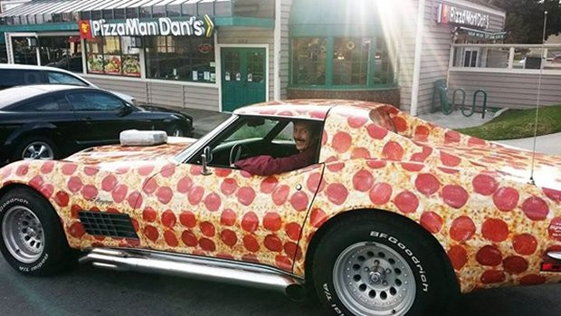 pizza_corvette_3