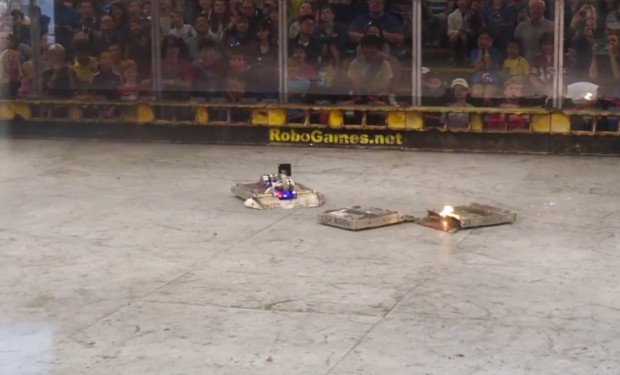 robogames_k2_vs_terrible_toos_by_team_velocity_1