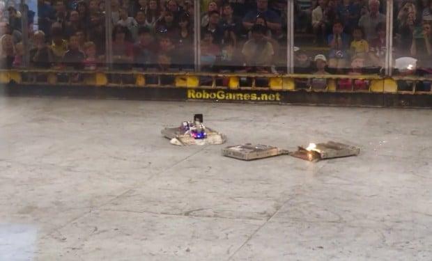 robogames_k2_vs_terrible_toos_by_team_velocity_1