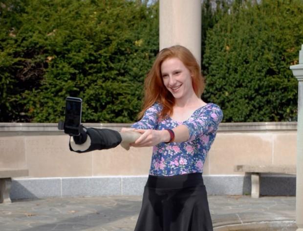 selfie_arm_2