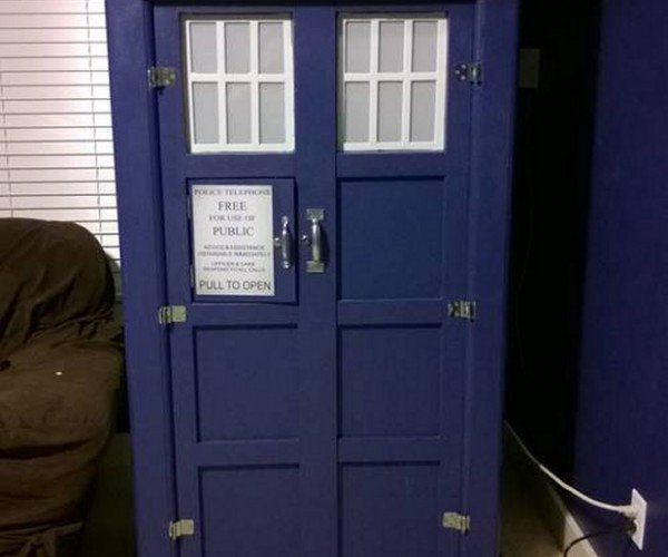 TARDIS Snack Cabinet, It's Tastier on the Inside