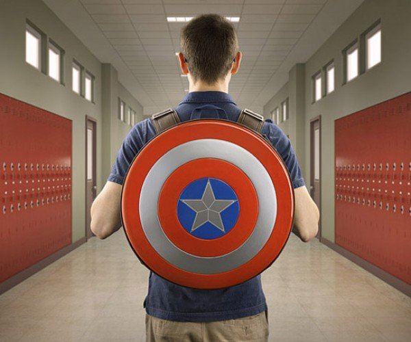 Captain America: Backpack of Shield