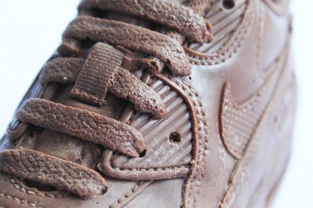chocolate_nike_sneaker_2