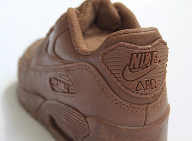 chocolate_nike_sneaker_3