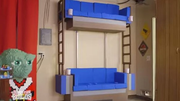 Groovy Family Gets Double Decker Couch From The Lego Movie Caraccident5 Cool Chair Designs And Ideas Caraccident5Info