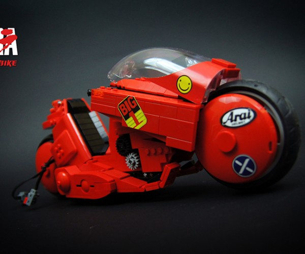 LEGO Akira Motorized Kaneda's Bike: Where Are These Things Called Training Wheels?!