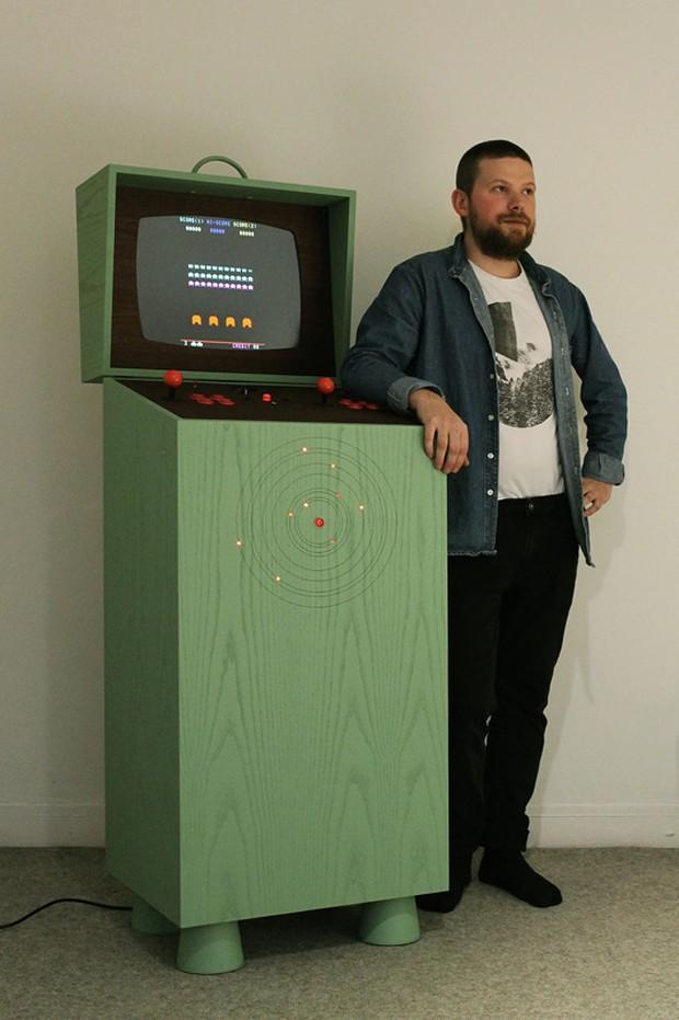 pixelkabinett_42_arcade_cabinet_by_love_hulten_2