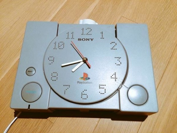 ps1_clock_1