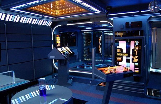 star_trek_apartment_1