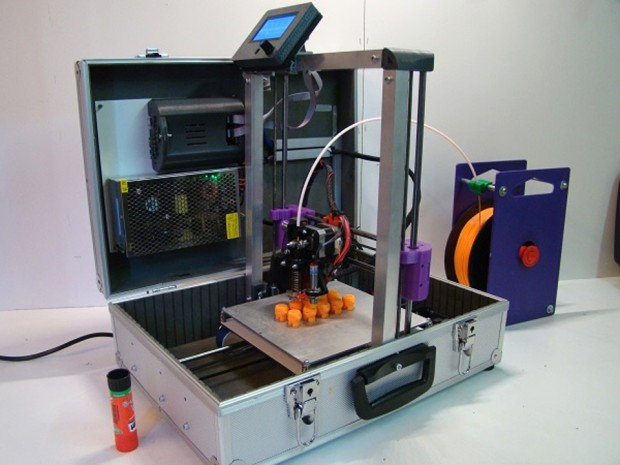 teebot_suitcase_3d_printer_1
