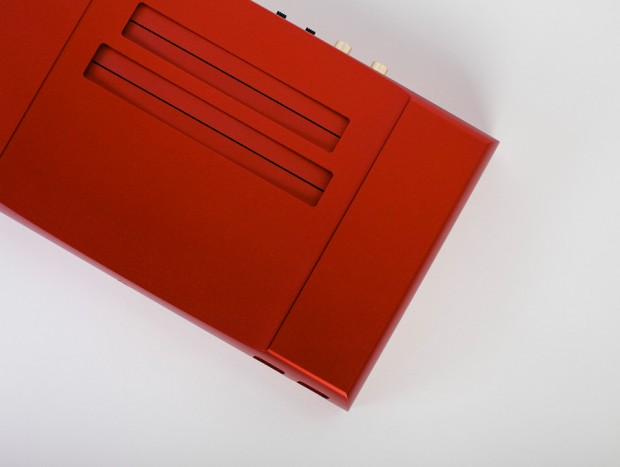 analogue_nt_nes_console_detail_4