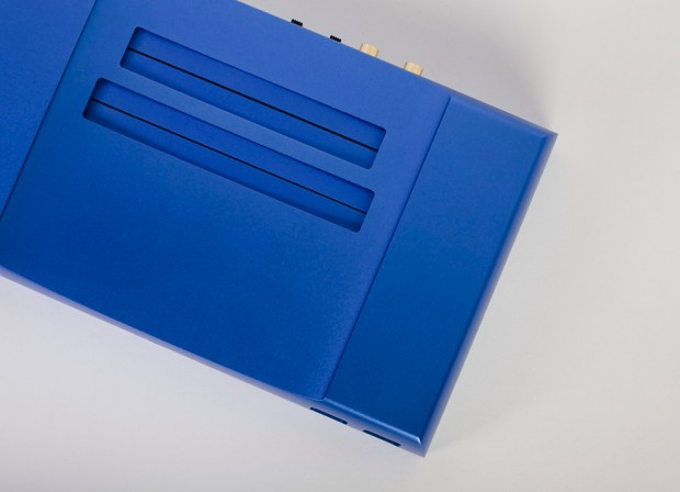 analogue_nt_nes_console_detail_5