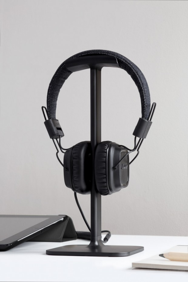 bluelounge_posto_headphone_stand_2