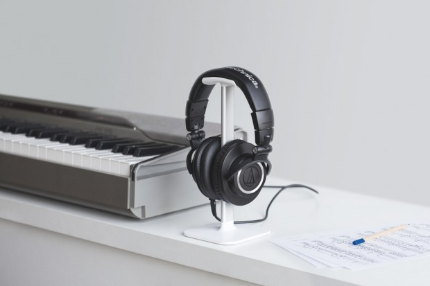 bluelounge_posto_headphone_stand_4