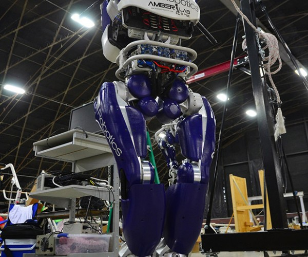 Durus Robot Walked 2h 35m on a Charge