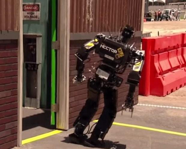 falling_robots_1
