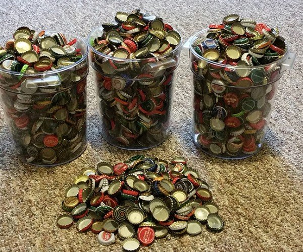 Fan Sends Bethesda Thousands of Bottle Caps to Pre-order Fallout 4: Forward Thinking